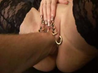 pirced d like to fuck fisted and anal arse a-hole