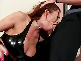 doxy clothed in latex