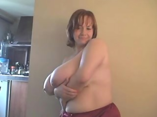 a redhead-big marvelous woman-mother id like to