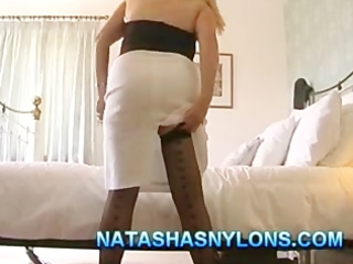 british mother i amateur wife in nylons playing