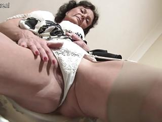 sexy british mother i loves to masturbate