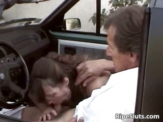 trio naughty sweetheart gratifying her driver