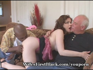wifes fur pie squeezing darksome cum out
