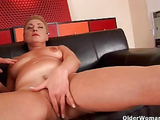 granny betty squirts her bawdy cleft juice in the
