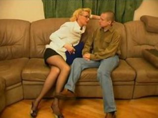 russian mature women-sex with youthful guys-48