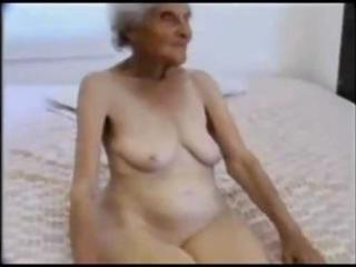 08 years old granny engulfing