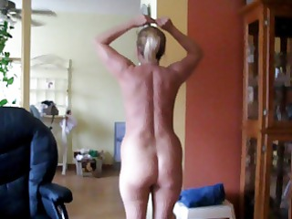 squirtys muscles and butt