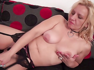wicked housewife playing with her pussy on the