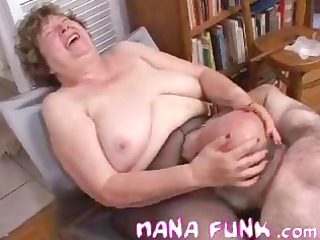 nana funk slit licked and blows old cock