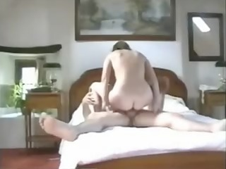 pervert wife acquires multiple orgasms with ally