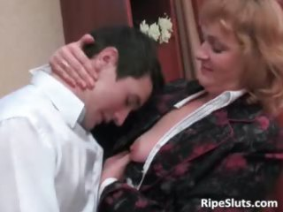 lustful mature brunette hair gets her soaked part1