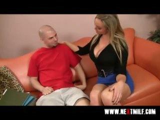 breasty blonde milf tasting big meat pole