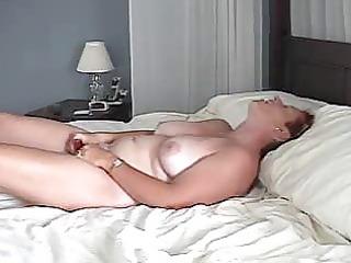 mother i films herself masturbating and cumming
