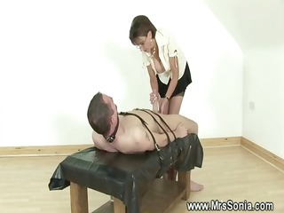 female-dominator ruling over a wang