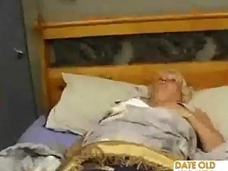 fat mature bonks the massage lad