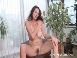 mama loves to touch her unshaved twat