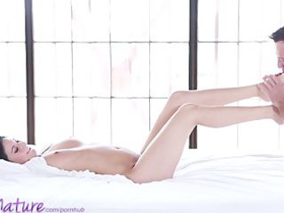 puremature young mama receives creampie