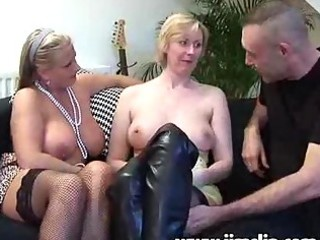 british d like to fuck chicks getting anal screwed