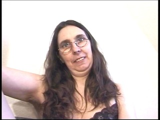 shaggy mom loves marital-devices in her arse