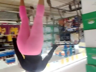 candid large a-hole milf in pink leggins