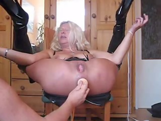blonde granny squirts