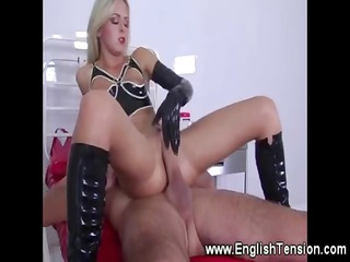 leather dominatrix-bitch enjoying a full service