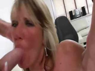 hotty ray - british mother i threesome