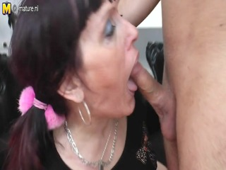old floozy mother gets drilled by her toyboy