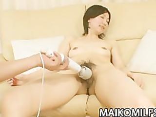 japanese cougar junko konno pleasuring a hard cock