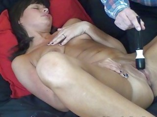 milf with snapping fur pie orgasms squirts with