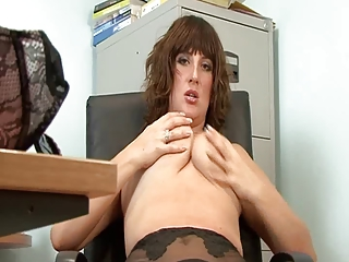 hot aged secretary full fashion nylons