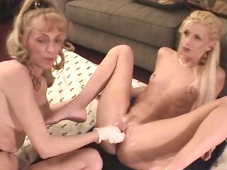 mature beauties exploring unfathomable fisting
