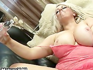overweight mature mom cums hard from fucking part2