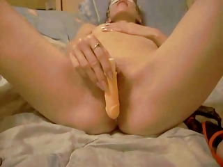 masked cheating wife playing with her vagina for